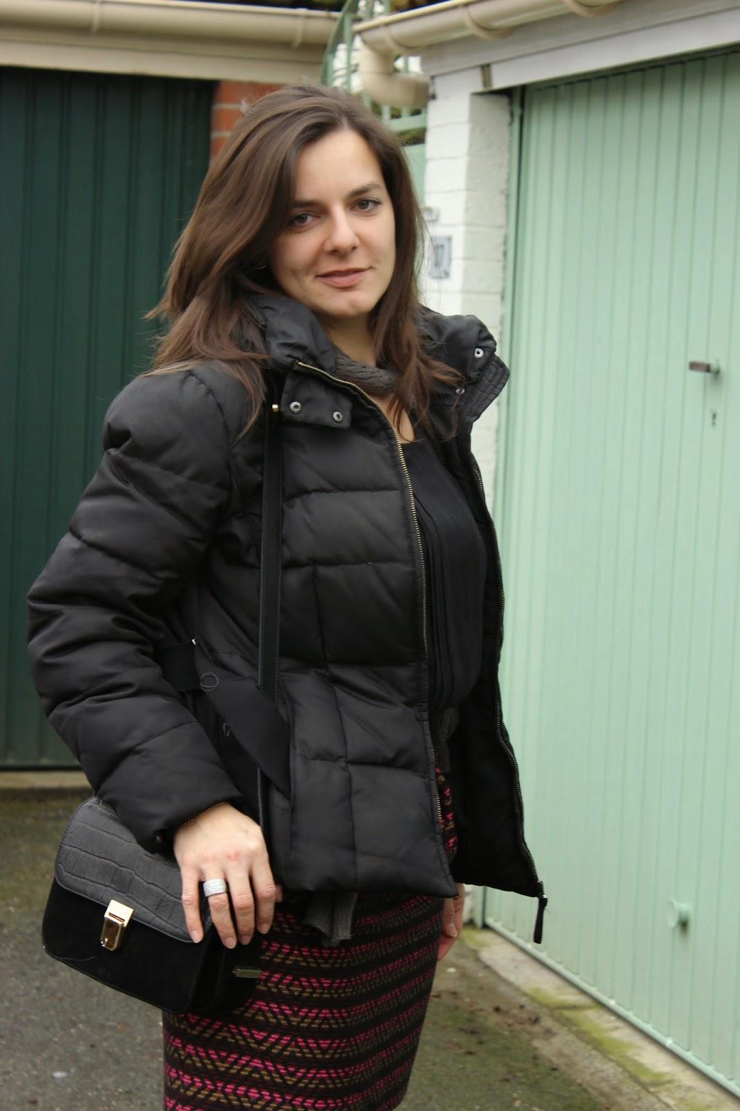 jupe comptoir des cotonniers, escarpins minelli, boucles d'oreilles Zara