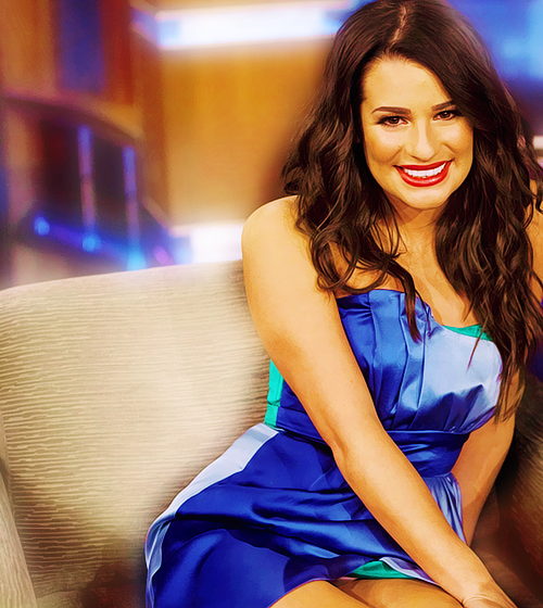 Lea Michele Hairstyles 24