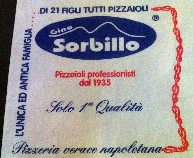 gino_sorbillo_pizzeria_naples_italy_food_pizza
