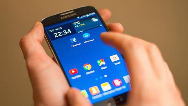 5 أشياء لم تكن تعرف انه يمكنك القيام بها مع هاتفك الذكي القديم !