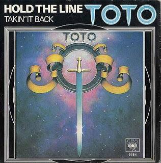 """Η ΙΣΤΟΡΙΑ ΤΗΣ ΜΕΓΑΛΗΣ ΕΠΙΤΥΧΙΑΣ ΤΩΝ TOTO- """"HOLD THE LINE"""""""