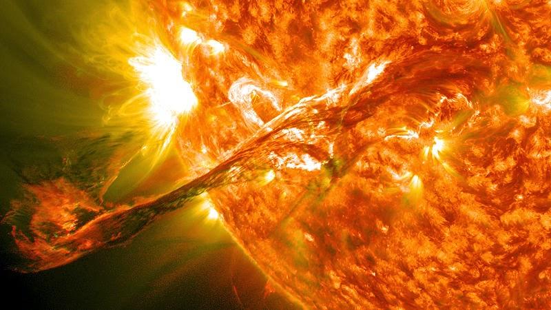 A sua segurança - Explosão solar