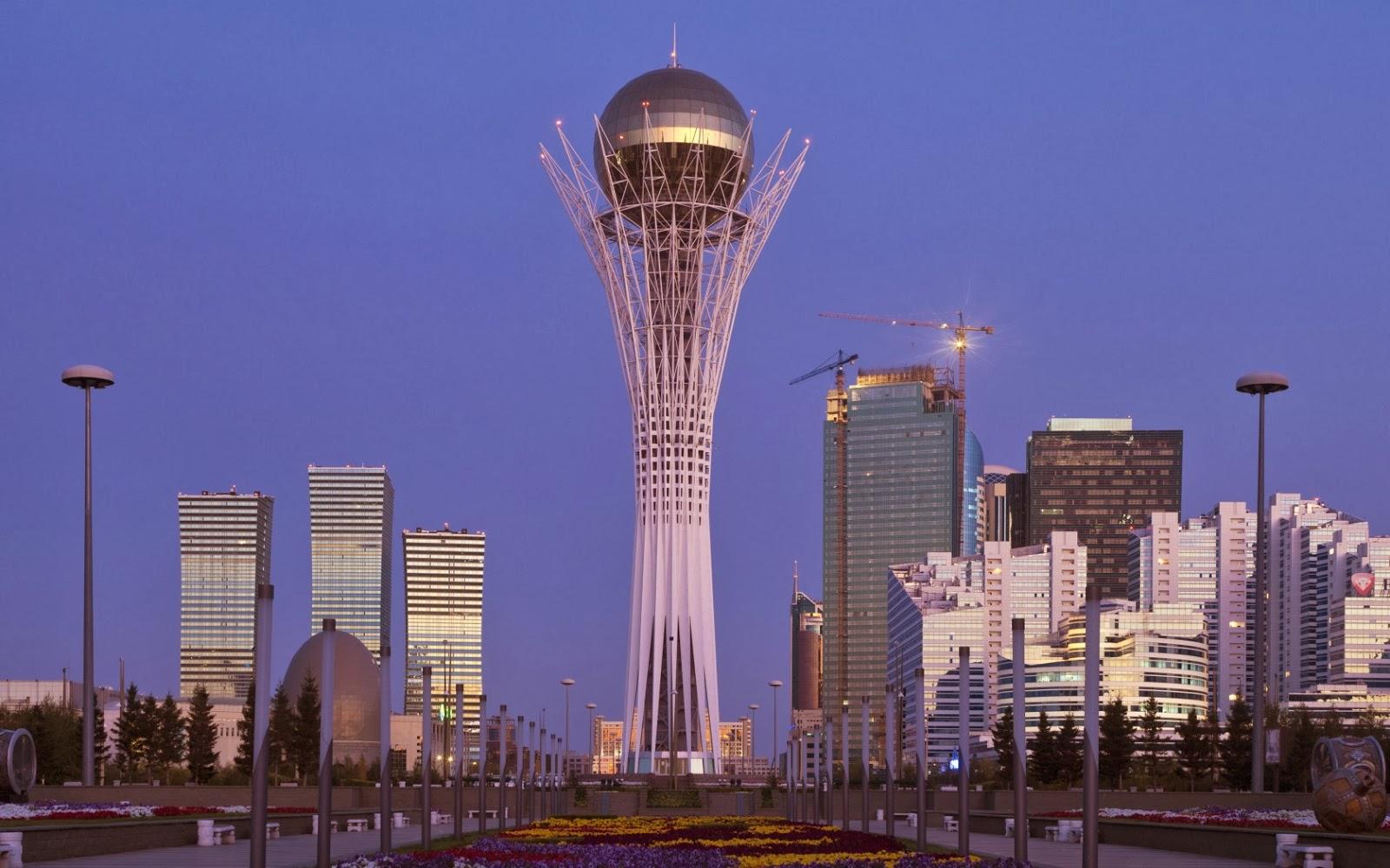 Bayterek Tower,Astana, Kazakhstan: