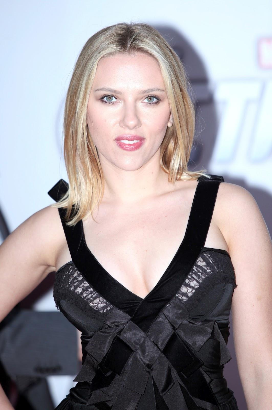 http://1.bp.blogspot.com/-Q1S--RxXZPs/T4_dRecjt4I/AAAAAAAABA8/A5fuquVf5g0/s1600/Scarlett_Johansson_The_Avengers_premiere_Moscow_2012_07.jpg