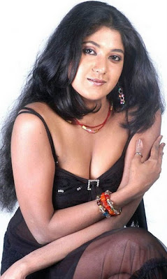 yagna shetty test hot images