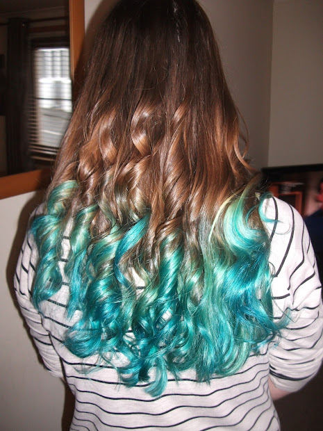 turquoise dip dye confessions