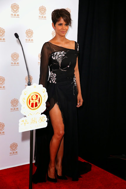 Halle Berry attends the Huading Film Awards at Ricardo Montalban Theatre