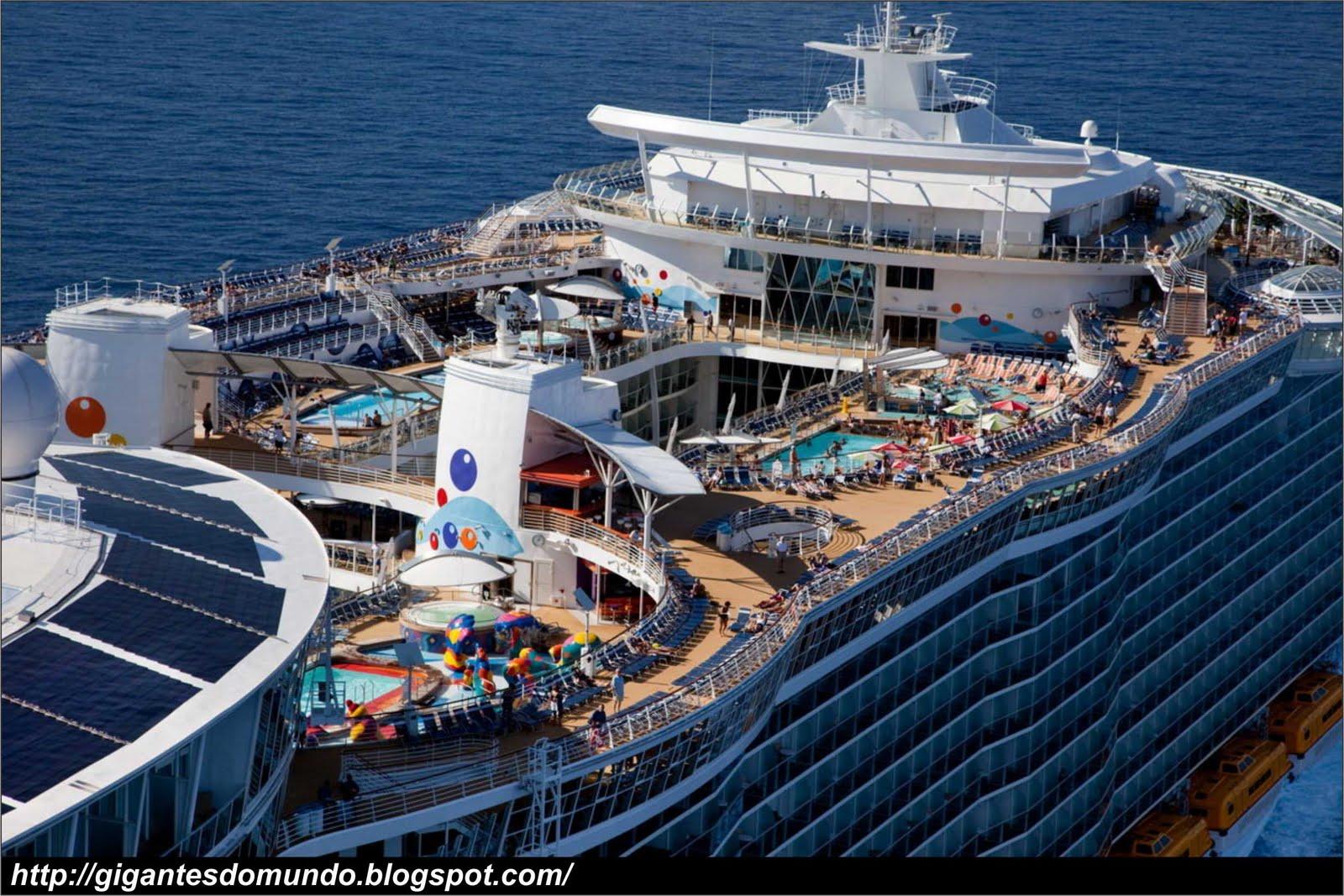 O maior navio de cruzeiro do mundo   Gigantes do Mundo Oasis Of The Seas