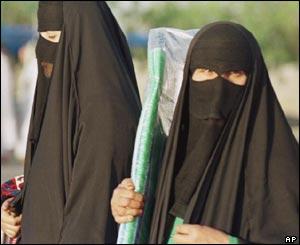Model Saudi Women In The Village Al Thamama 50 Kilometres North Of The Saudi