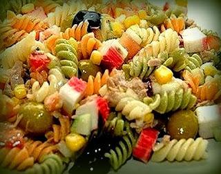 Ensalada de macarrones a la italiana