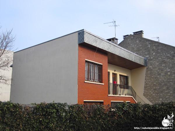 Ivry-sur-Seine - Private house  Architecte:  Construction: