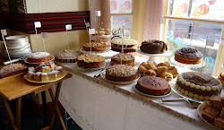 how to hold a successful charity cake sale