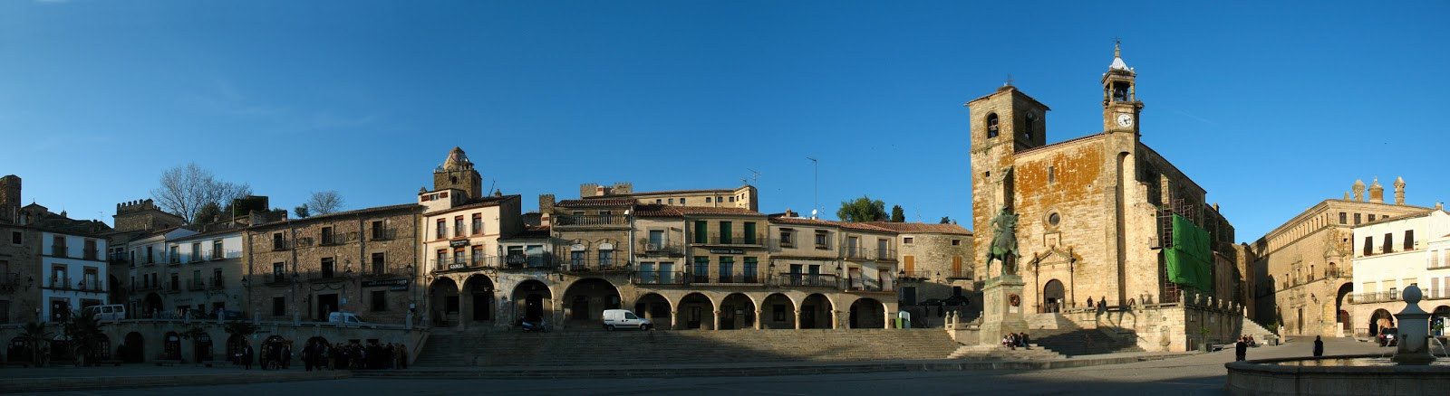 Spanje reizen trujillo stad van veroveraars for Oficina turismo badajoz