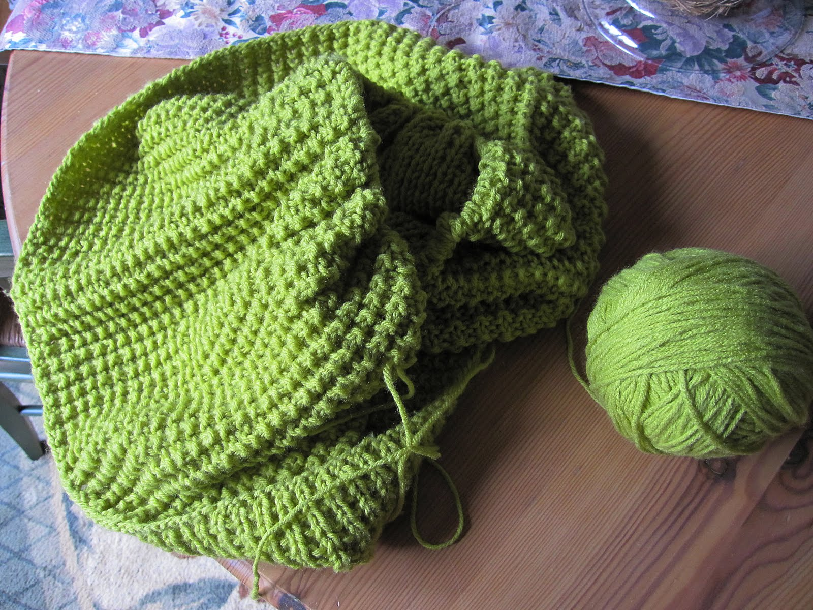 Simple Knitted Infinity Scarf Pattern : Art Garden Diva: Easy Infinity Scarf Pattern