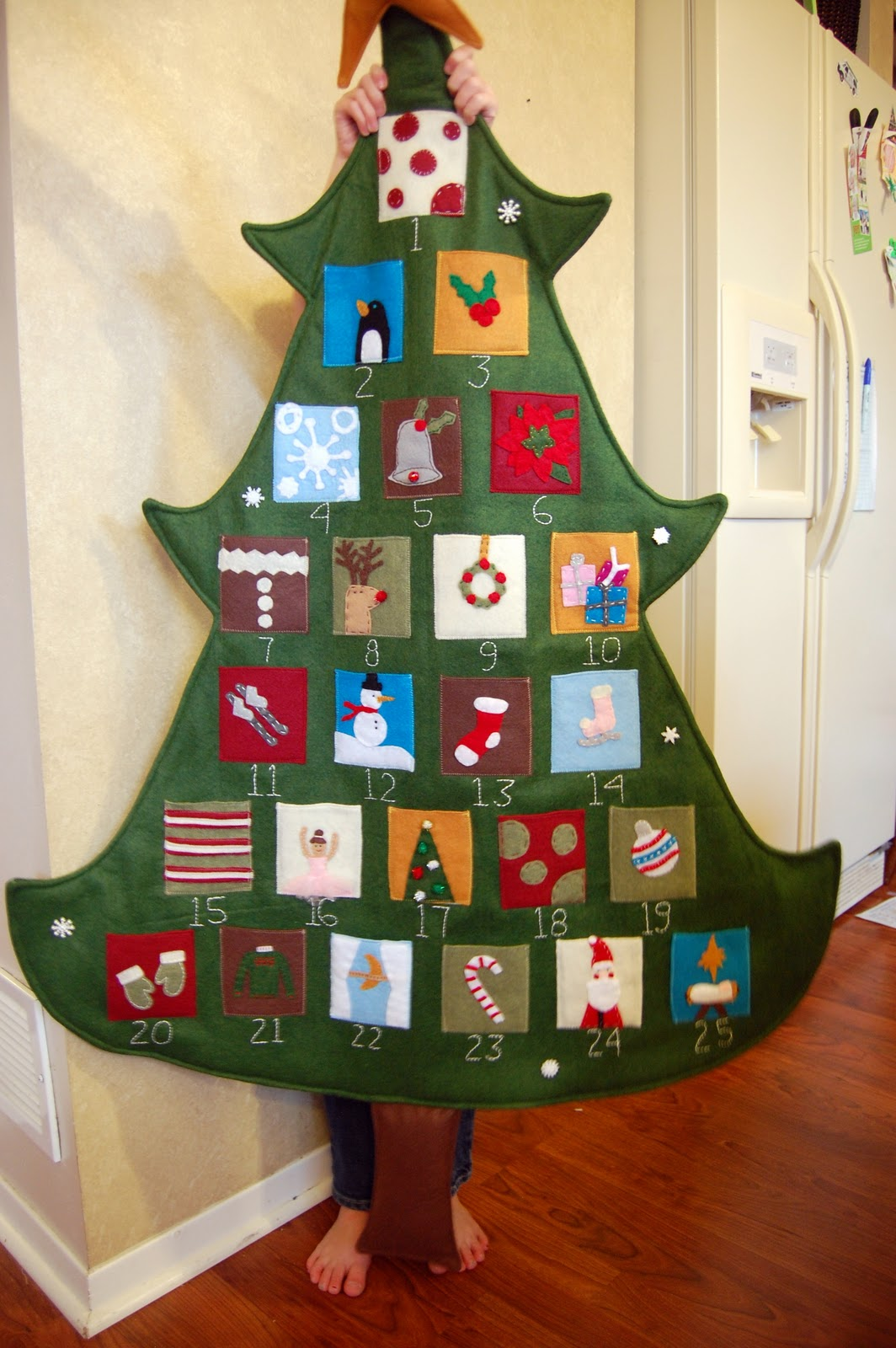 Sewn Advent Calendar Ideas : Felt advent calendar family ever after sugar bee crafts