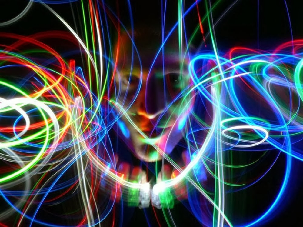 02-Cyber-Dream-Janne-Parviainen-Light-Painting-Photography-www-designstack-co