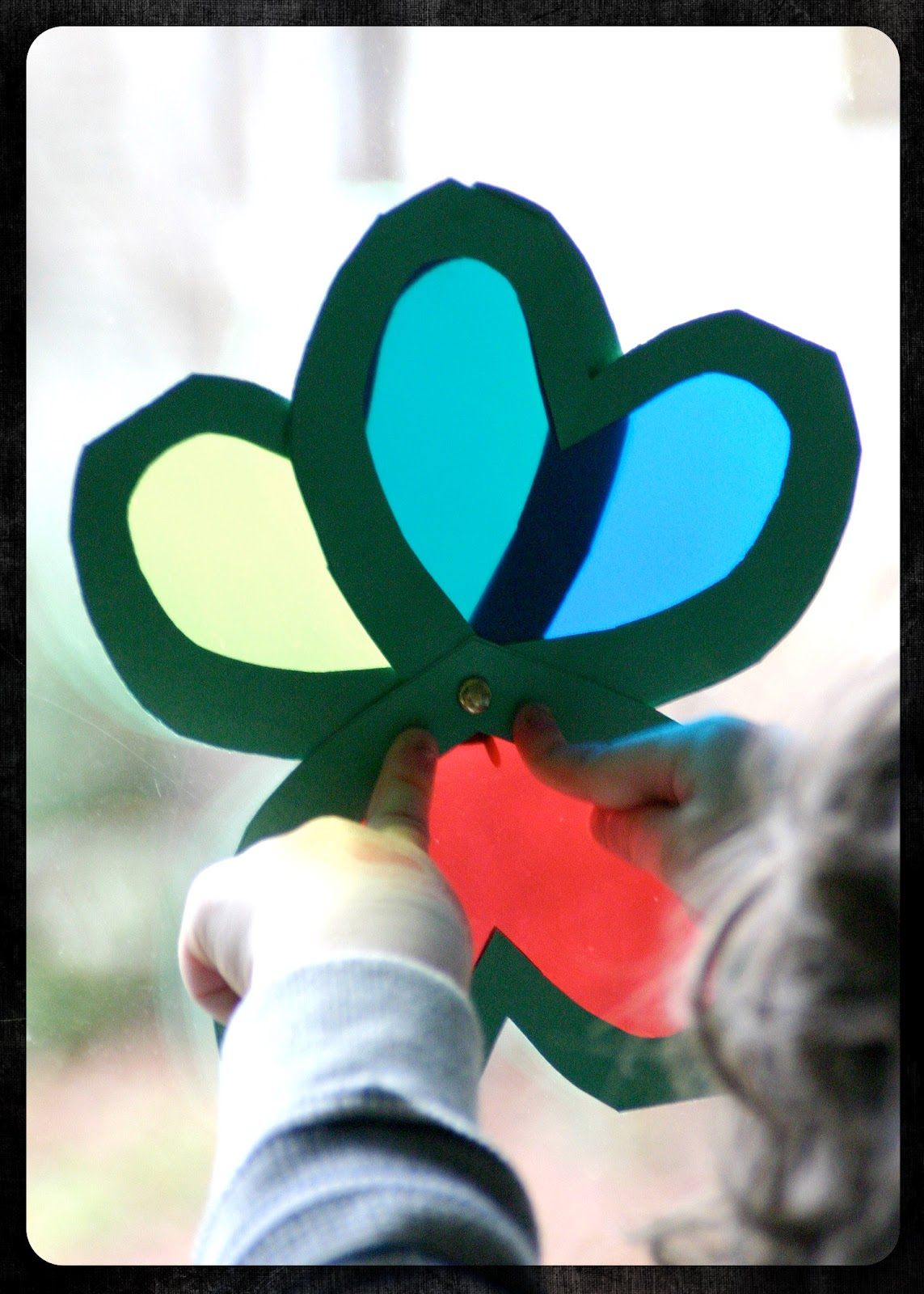 Mama\'s Little Muse: Shamrock Color Viewer: a craft and a tool in one