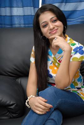 reshma at ee rojullo movie pressmeet cute stills