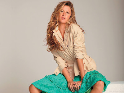Hollywood Actress Gisele Bundchen Glamour Wallpaper-1600x1200
