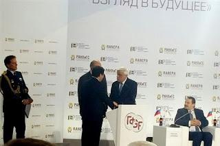 Με τον Βλαντιμίρ Πούτιν συναντάται στη Μόσχα ο Πρόεδρος της Δημοκρατίας
