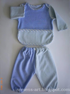 blue baby suit    wesens-art.blogspot.com