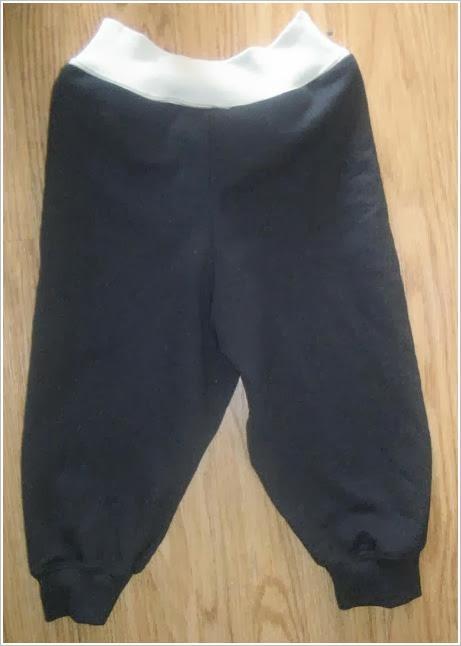 Теплые штаны для мальчика из папиной толстовки. Warm pants boy from hoodies