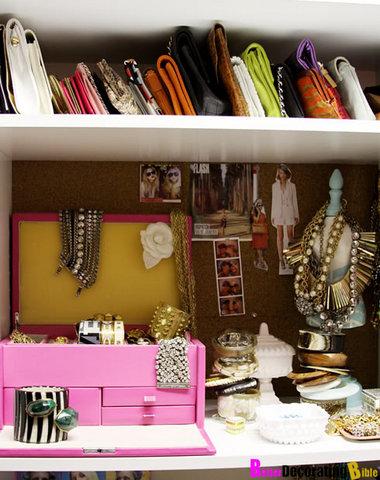 Casinha bonitinha 10 maneiras de organizar suas bolsas - Como guardar los bolsos ...