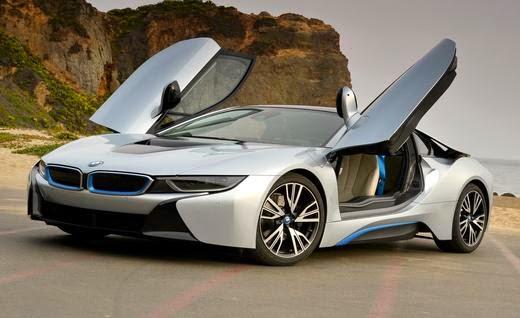 Nova 2015 BMW i8 com portas que abrem para sima