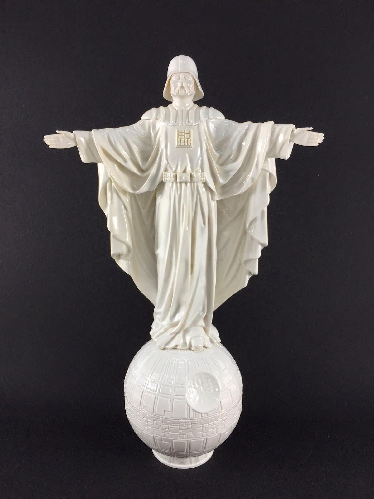 "Hoth Edition ""Our Father"" Darth Vader Star Wars Mini Resin Statue by Sket One"
