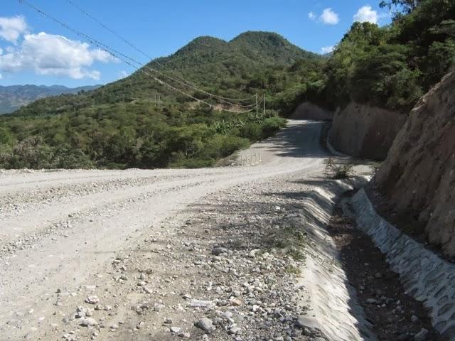 Pavimentaran carretera Padres las Casas-Guayabal