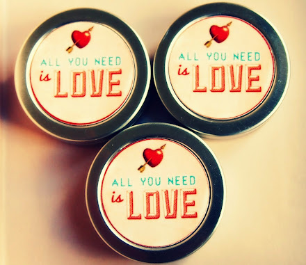 CLICK - CUSTOMIZED LIP BALMS FOR YOUR HAPPY DAYS