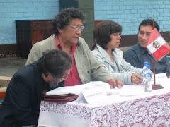 Con amigos poetas, junto a Felciano Mejía,en la presentación de unos de mis poemas en mi colegio