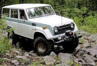 mobil offroad toyota