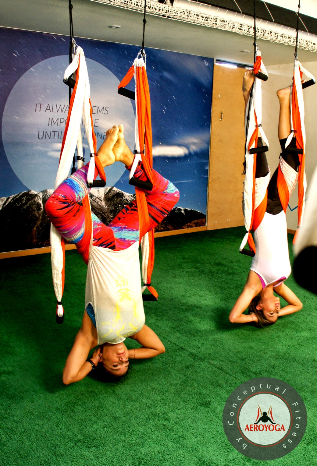 RAFAEL MARTINEZ: AERIAL YOGA TV PRESS HEALTH BEAUTY WELLNESS, AEROYOGA WITH SUSANA SANCHEZ