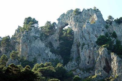 Arco natural da Ilha de Capri – Itália