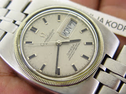 OMEGA CONSTELLATION SILVER DIAL SQUARE CASE - AUTOMATIC CAL 751