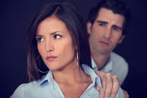 امرأة تكره رجل - رجل يتوسل لأمرأة يصالح - woman hate man - begging