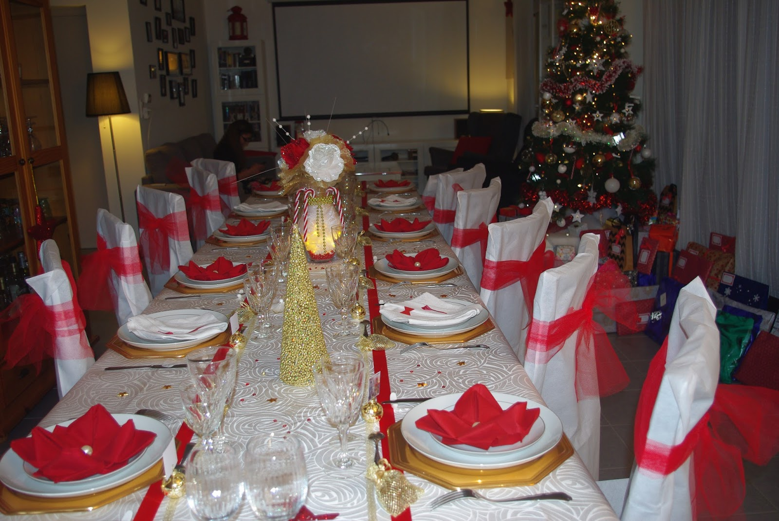 Mon no l en rouge blanc et or d co de table th mes - Table de noel rouge et or ...