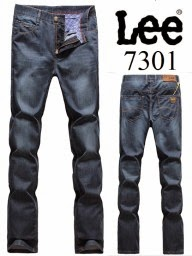 Buy Lee Denim Jeans Upto 50% OFF + Extra 500 OFF + Extra 10% Cashback