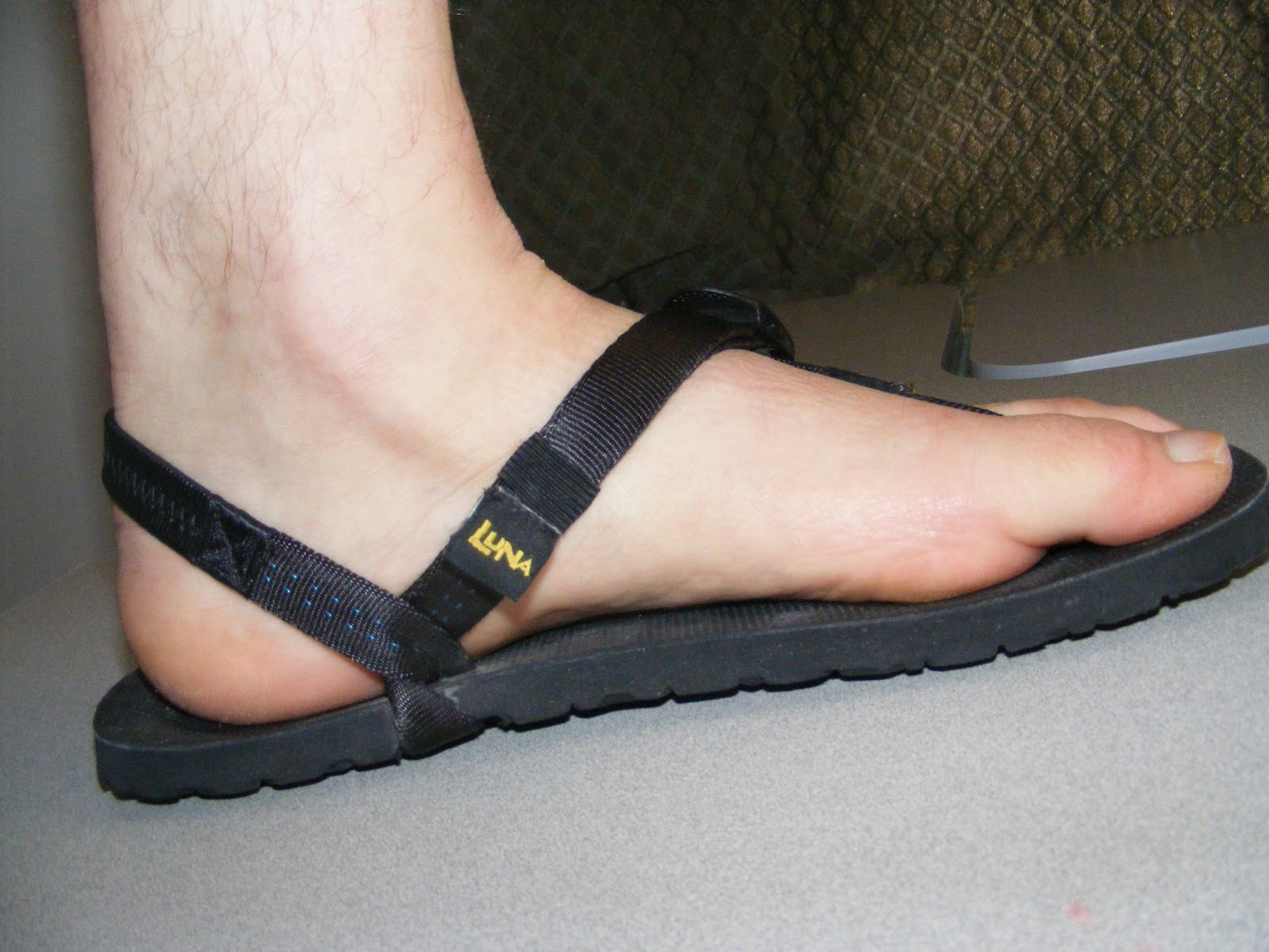 c808ebb11a69f0 The ground feel on the roads is very supple as is on the trail. I have a  hunch that on the longer training runs the extra 4mm of Vibram neoprene  will be a ...