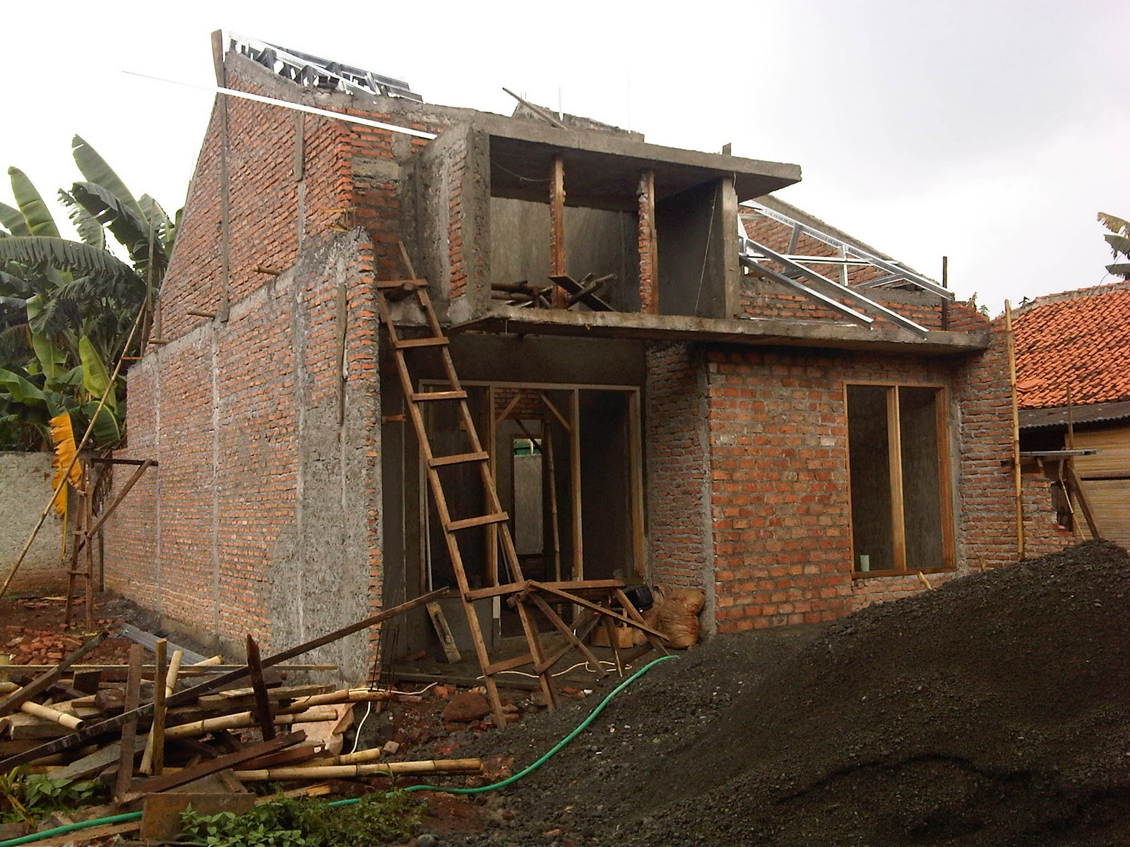 pemasangan baja ringan dan plester dinding a9 rumah