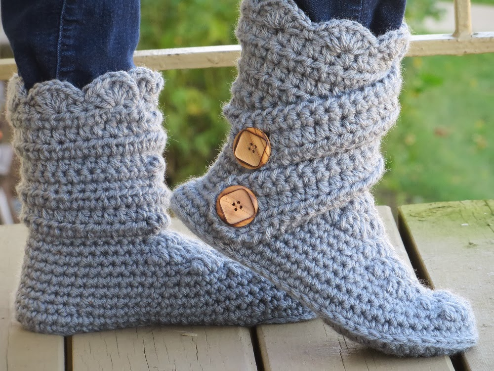 Crochet Patterns Slippers : Crochet Dreamz: Womans Slipper Boots Crochet Pattern, Classic Snow ...