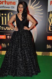 Actress Rashi Khanna Stills in Black Dress at IIFA Awards 2016 252811