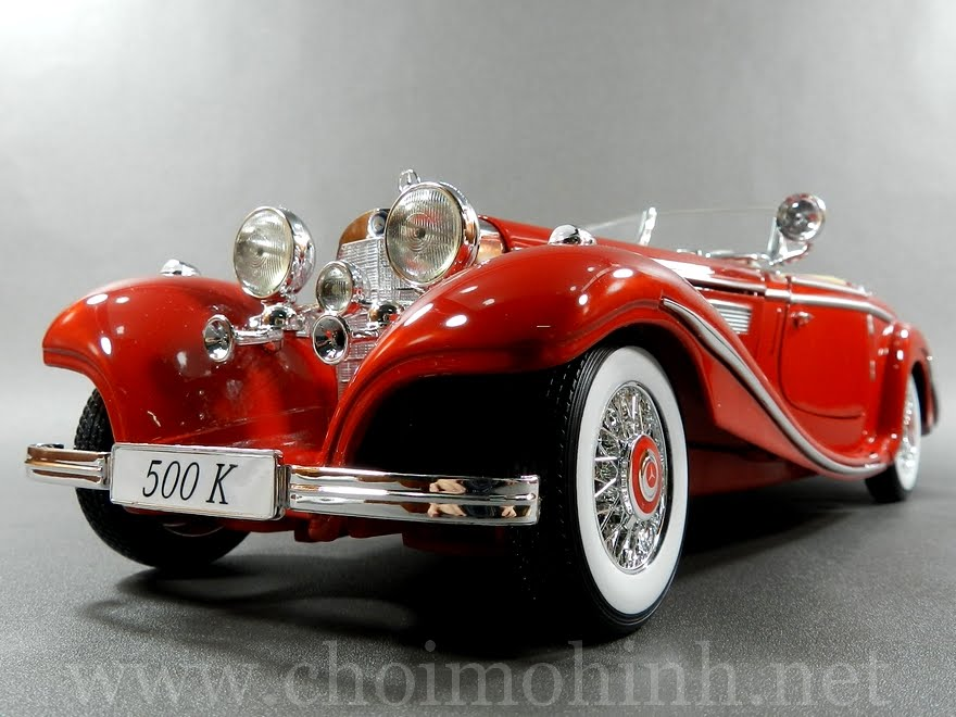 Mercedes-Benz 500 K Specialroadster 1:18 Maisto red