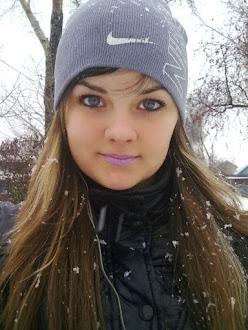 Anya at 18