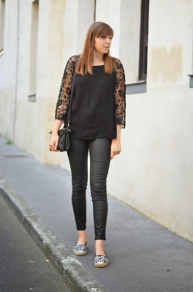 tenue noir espadrilles léopard