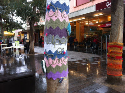Tree decorated with yarn storming, Victoria Street Mall