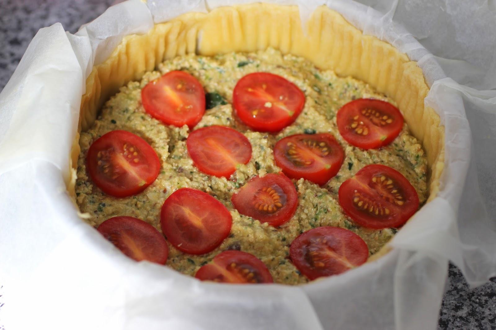 a healthy love vegane tomaten quiche herzhaft w rzig und ganz ohne tierische produkte. Black Bedroom Furniture Sets. Home Design Ideas