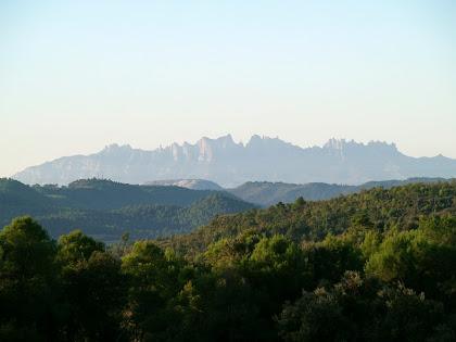 Montserrat des de Ca l'Oliva