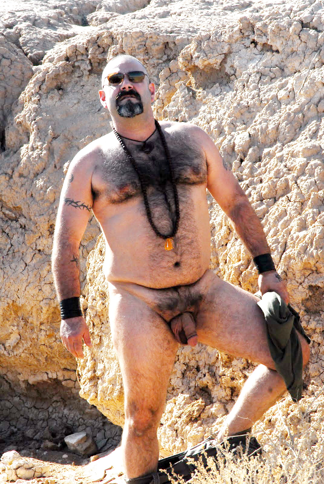 into-chubby-hot-naked-daddies